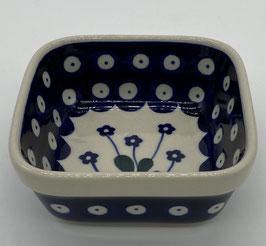 Vierkanten bakje blauwe bloem