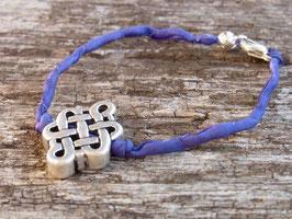 Seidenarmband PATTA dunkelviolett mit Glücksknoten aus Tibet