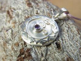 KRONENCHAKRA Kette mit handgeschmiedetem Kronenchakra Symbol und Amethyst - Silber