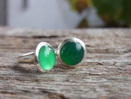 GREEN LIGHT Ring mit grünem Onyx - Unikat