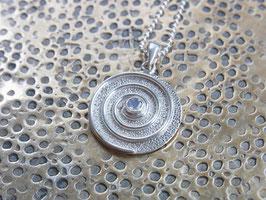 COSMIC SPIRAL Kette mit Regenbogen-Mondstein Spirale - 925 Silber