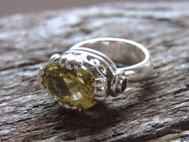 TRUST YOUR HEART - Ring mit Zitronenquarz und Granat