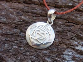 WURZELCHAKRA Nylonbandkette mit handgeschmiedetem Wurzelchakra Symbol Anhänger - Silber