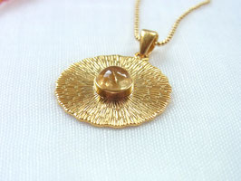 GOLDEN SUN Vergoldete Kette mit Citrin Sonne Amulett