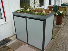 Tür ohne Stanzung der Mülltonnenbox