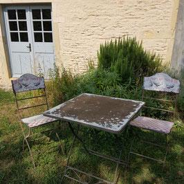 Gartentisch-Garnitur, herrliches, seltenes Ensemble