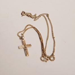Halskette, Kreuz