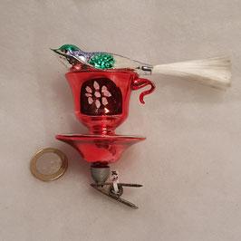 Vogel  auf Tassenrand