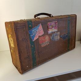Reisekoffer, Leder, viele tolle Aufkleber, wohl um 1920