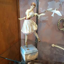 Goebel, Ballerina mit Vögeln