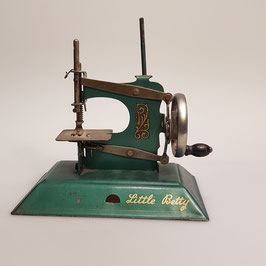 "Nähmaschine, ""Little Betty"""