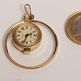 Anhänger, mit kleiner Uhr