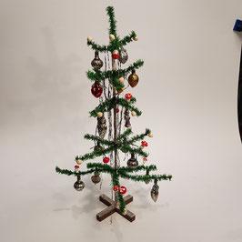 Weihnachtsbaum, schön behängt