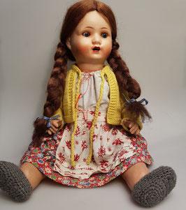 Puppe mit Zöpfen, uralt