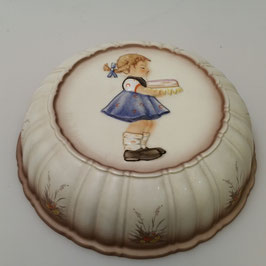 Goebel, Kuchenform (Nr. 1)