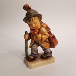 Hummel-Figur, Bub mit Kontrabass