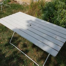 Schöner, grosser Gartentisch, alles Metall, seltene Grösse