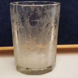 Altes Glas, Hirschszene
