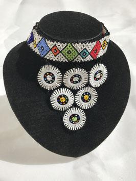 Collier de perles - plastron