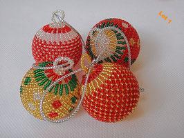 Lot de 4 boules de Noël en perle