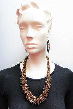 Collier kényan en perles marron