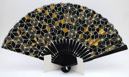 Eventail coton et bambou motifs géométriques