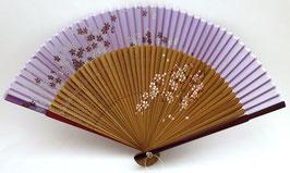 Eventail en soie et bambou Fleurs de Sakura sur fond violet clair