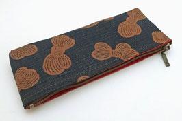 """Petite trousse Aishibuzome, motifs """"Pelotes de laine"""""""