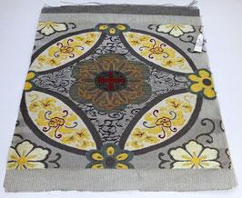 Tissu de OBI motifs floraux dorés, centre rouge et vert mat