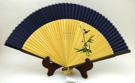 """Eventail en soie """"Petit moineau"""" et """"bambou"""" (bleu foncé)"""