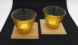Set de deux verres à saké feuilles d'or et coasters en bois