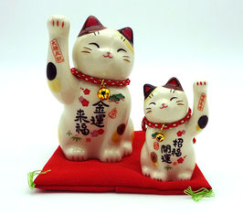Grand Maneki Neko et son petit