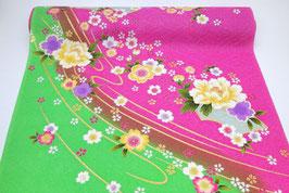 Tissu soie motifs floraux sur fond vert et rose (4)