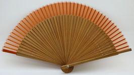 Eventail en soie et bambou orange clair uni