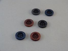 Knopf aus Steinnuss mit gekordeltem Rand 15mm
