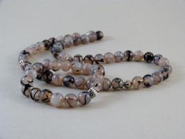 Armband und Halskette - Achat in fröhlichen Grautöne