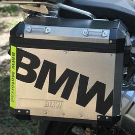 Schriftzug auf BMW Alukoffer