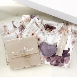 Dein erstes Babyoutfit / Babyphotobox / Flower