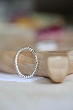 Kügelchenring aus Silber, 2mm