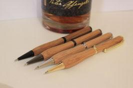 Handgefertigter Kugelschreiber aus einem Whiskyfass