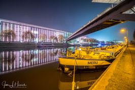 Mittellandkanal mit Autostadt, Foto-Nr. 2019_0369