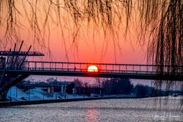 Foto mit Passepartout, Motiv siehe Foto, Bild-Nr. 2018_0210_Stadtbrücke