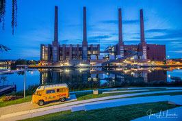 Foto mit Passepartout, Motiv siehe Foto, Bild-Nr. 2019_1045_Autostadt_Kraftwerk