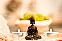 Glücksbuddha in Geschenktüte Braun