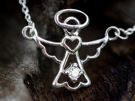 Herzengelchen - Zartes Silberengelchen als Collier