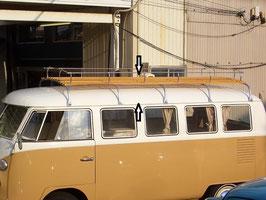 RSウエストファリアタイプ ルーフラックのロングタイプ(5本足)。  ルーフの長さは、約2700cmです。