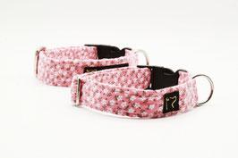 Stoffhalsband rosa mit kleinen weißen Blumen