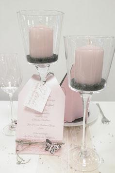 Kerzenständer und Kerzen