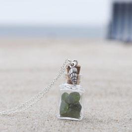Kette Seeglasfläschchen grün