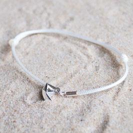 Armband mit Silberanhänger